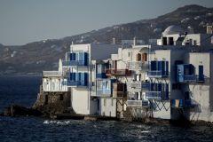 Puur Naturisme: Mykonos, woningen aan zee