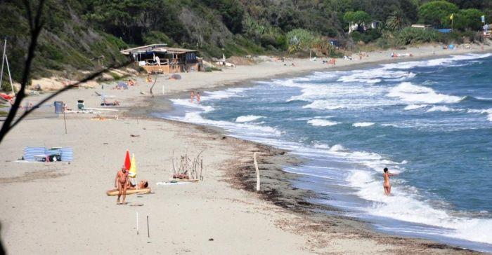 b_700_364_16777215_00_images_stories_naturisme_frankrijknaturisme_Corsica_bagheeragrootstrand.jpg