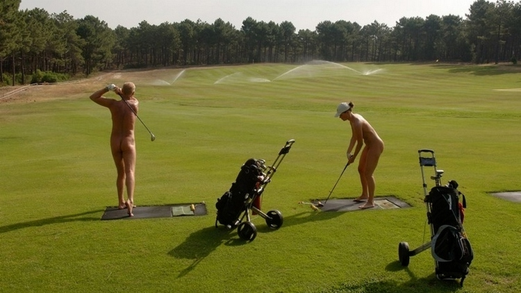 Puur Naturisme: Golf op La Jenny
